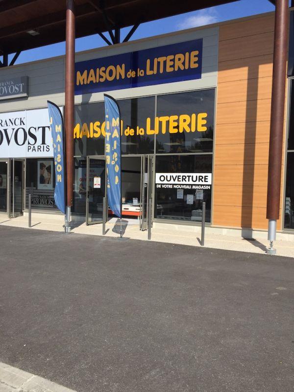 la maison de la literie paris great good magasin matelas paris nouveau maison de la litterie. Black Bedroom Furniture Sets. Home Design Ideas