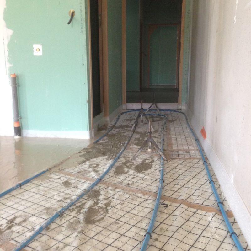 Isolation thermique par la projection d 39 une mousse polyur thane montarnaud montpellier - Plancher chauffant garage ...